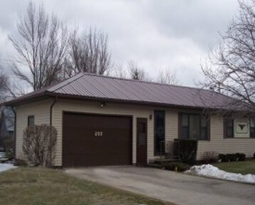 metal roofing in Iowa and Illinois by Greiner Buildings